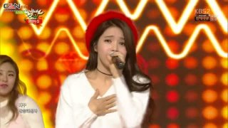 All I Want For Christmas Is You; Um Oh Ah Yeh (Music Bank Christmas Special Live) - Mamamoo