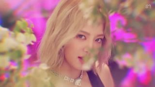 Lil' Touch - Girls' Generation-Oh!GG